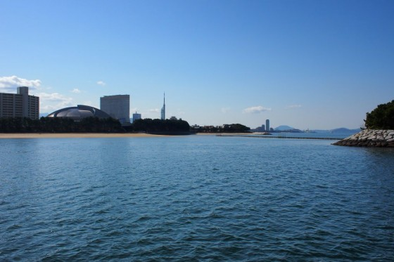 福岡タワー 荒津より
